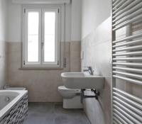 piano-casa-pesaro-bagno